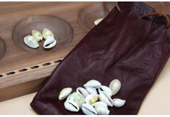 Mancala Leather purse